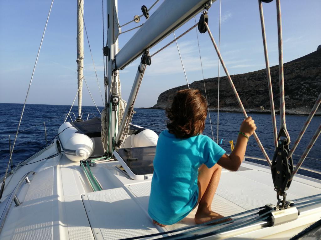 Safìra in navigazione